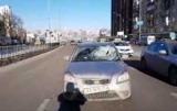 У Києві збили жінку, яка перебігала дорогу над підземним переходом