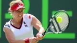 Возвращение Ким: Клийстерс вернуться в теннисе после того, как трое детей